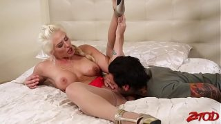 Holly Heart Needs A Young Hard Dick Now Her Best Friends Son Is Going To Have To