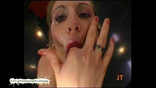 Young, dumb and willing – German Goo Girls